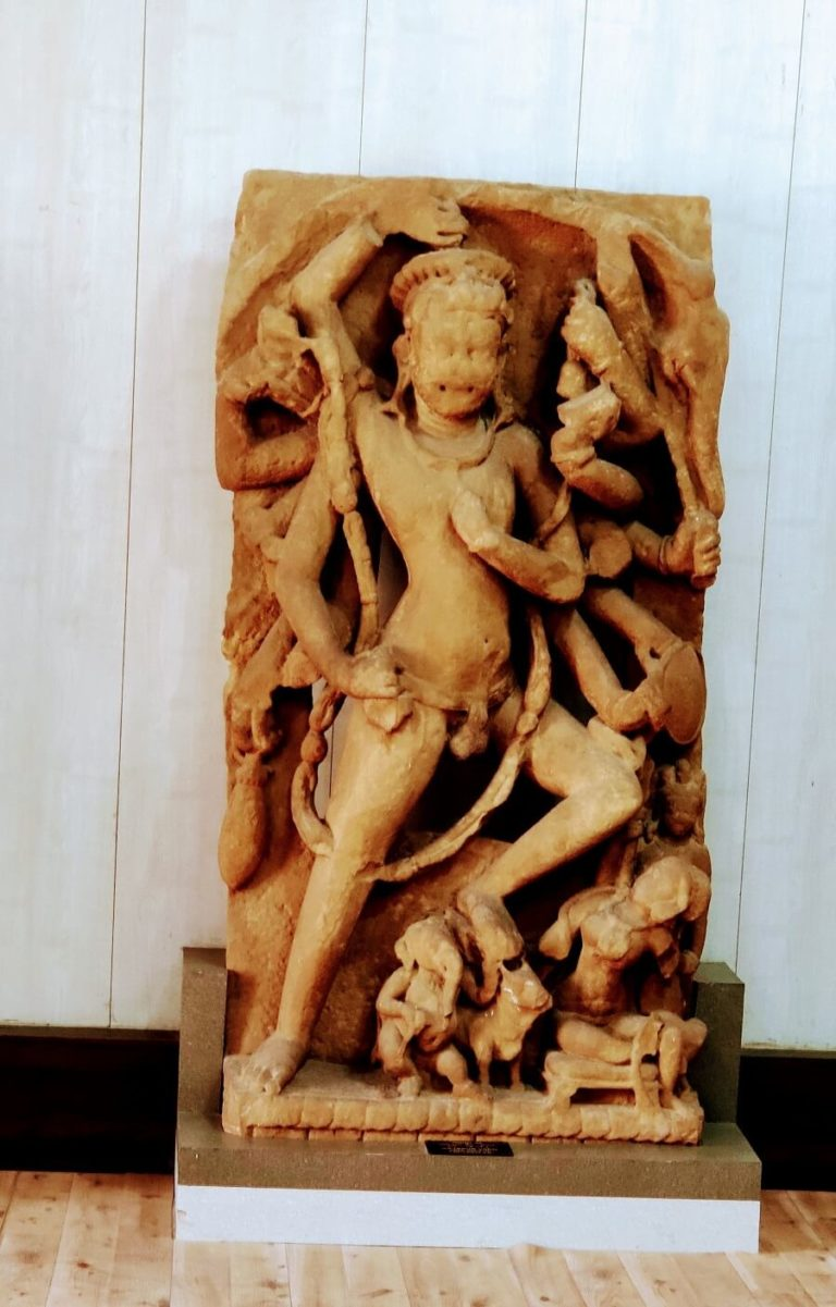 Idol in Gujari Mahal